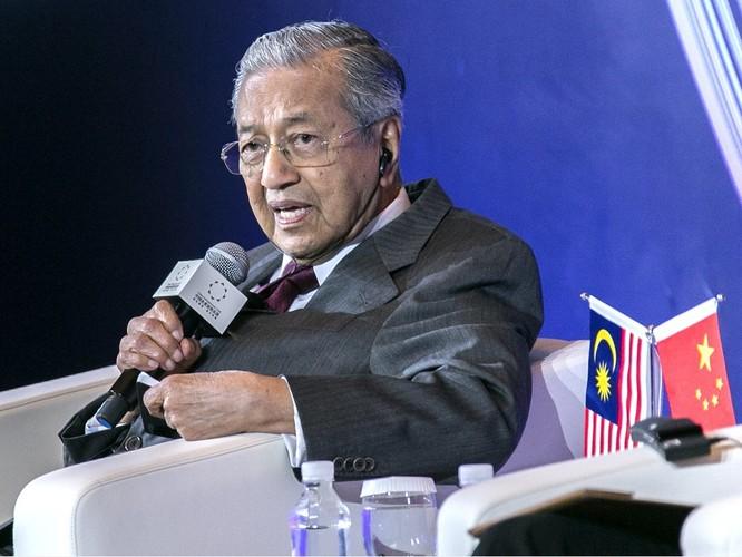 """Không cấp thị thực cư trú lâu dài cho người Trung Quốc, ông Mahathir Mohamad tiếp tục """"làm khó"""" Bắc Kinh ảnh 1"""