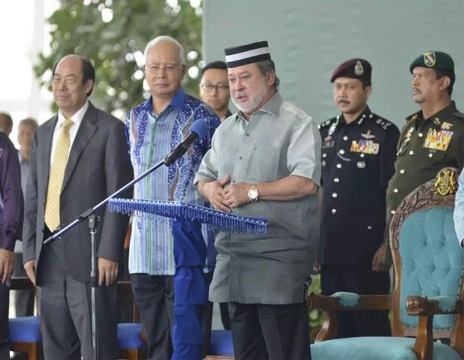 """Không cấp thị thực cư trú lâu dài cho người Trung Quốc, ông Mahathir Mohamad tiếp tục """"làm khó"""" Bắc Kinh ảnh 4"""