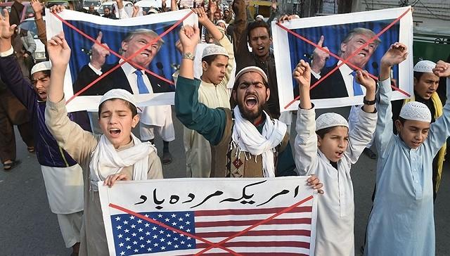 Mỹ bất ngờ cắt viện trợ quân sự vì Pakistan ngả sang Trung Quốc ảnh 4