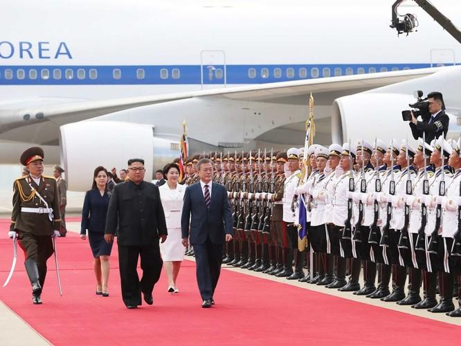 Bất ngờ trong lễ đón Tổng thống Moon Jae In tại Bình Nhưỡng ảnh 6