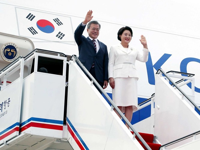 Bất ngờ trong lễ đón Tổng thống Moon Jae In tại Bình Nhưỡng ảnh 2