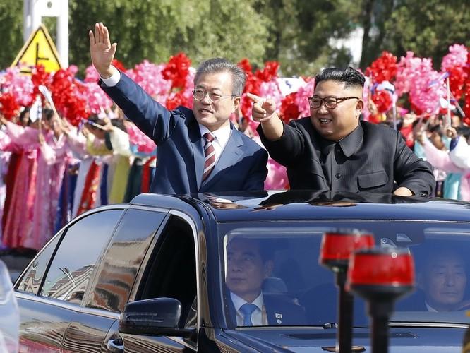 Lãnh đạo hai miền Triều Tiên ký tuyên bố lịch sử chấm dứt chiến tranh trên bán đảo ảnh 3