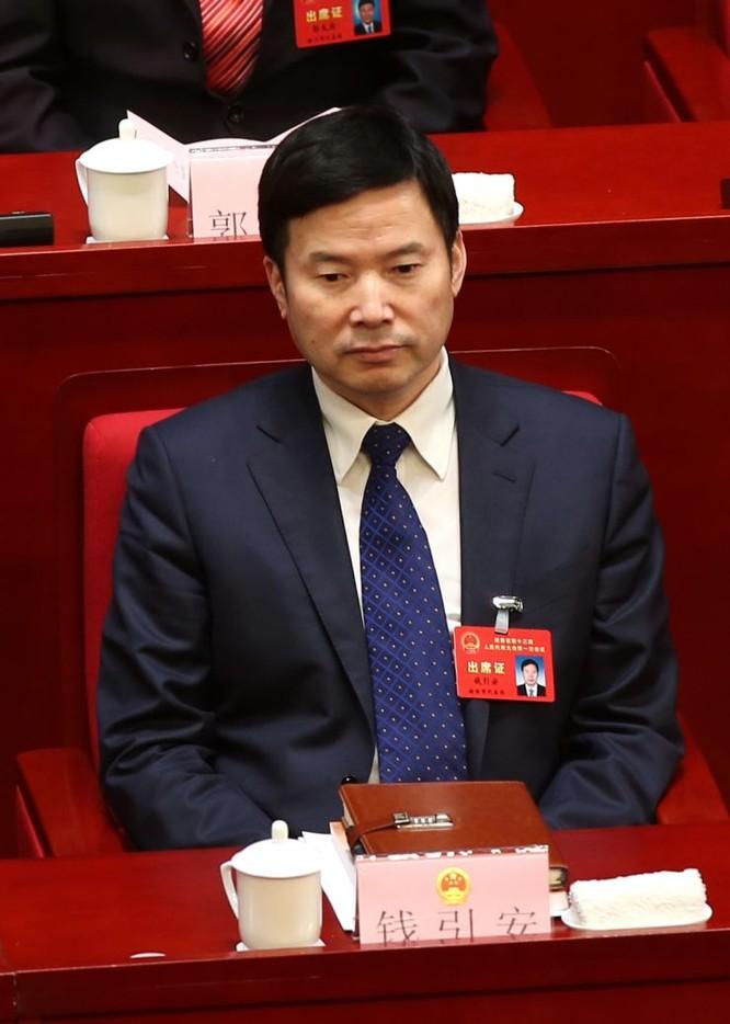 """Xây dựng trái phép trên """"Long mạch"""", hàng loạt quan chức Trung Quốc ngã ngựa ảnh 3"""