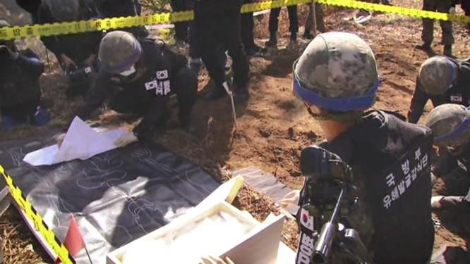 Triều Tiên cho nổ chốt gác, cải thiện quan hệ với Hàn Quốc ảnh 3