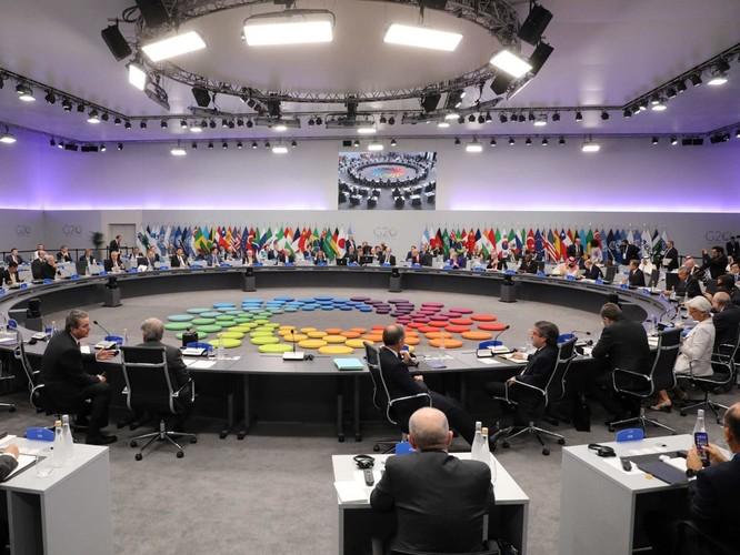 Hội nghị G20 ngày đầu tiên – Ông Donald Trump phớt lờ tổng thống Putin ảnh 1