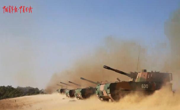 Trung Quốc tập trận gần biên giới Việt Nam, xe tăng kiểu mới Type-15 lần đầu lộ diện ảnh 4