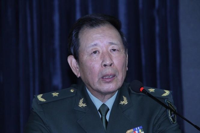 Tướng Trung Quốc dọa đánh chìm tàu Mỹ trên Biển Đông ảnh 1