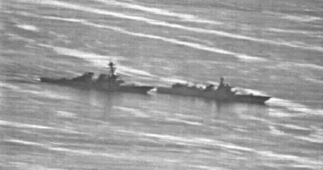 Tướng Trung Quốc dọa đánh chìm tàu Mỹ trên Biển Đông ảnh 4