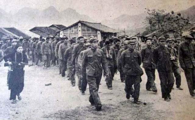 Dư luận Trung Quốc nói về Chiến tranh Tháng 2 năm 1979: Đầu hàng tập thể - Sự ô nhục chưa từng có trong lịch sử Trung Quốc (Phần 4) ảnh 2