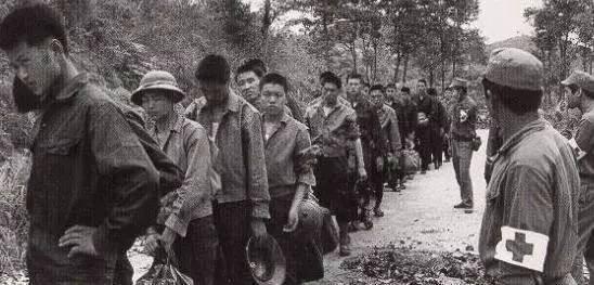 Tù binh và trao trả tù binh sau khi kết thúc chiến tranh biên giới năm 1979 ảnh 1