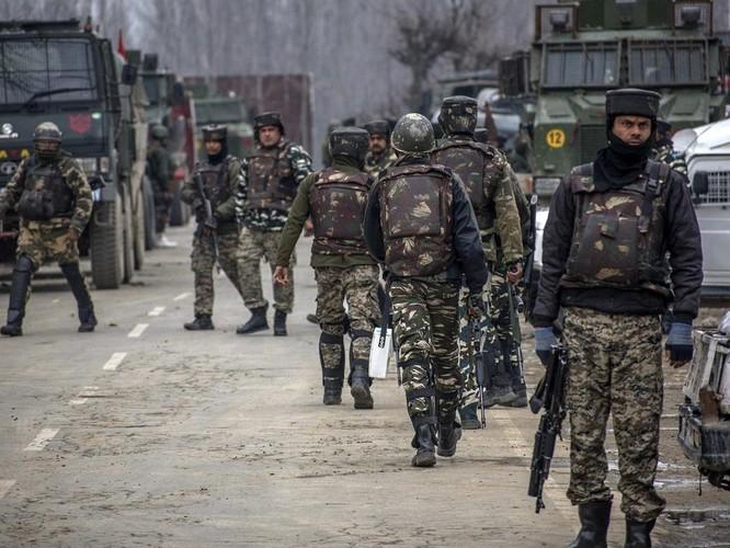 Ấn Độ và Pakistan lại ở bên bờ vực xung đột vũ trang ảnh 2