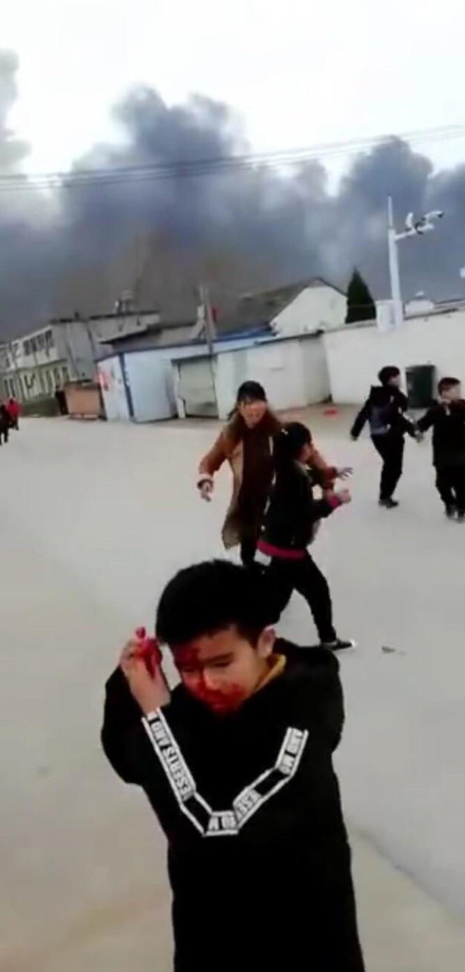 Nổ kinh hoàng nhà máy thuốc trừ sâu ở Trung Quốc: gần 800 người thương vong ảnh 7
