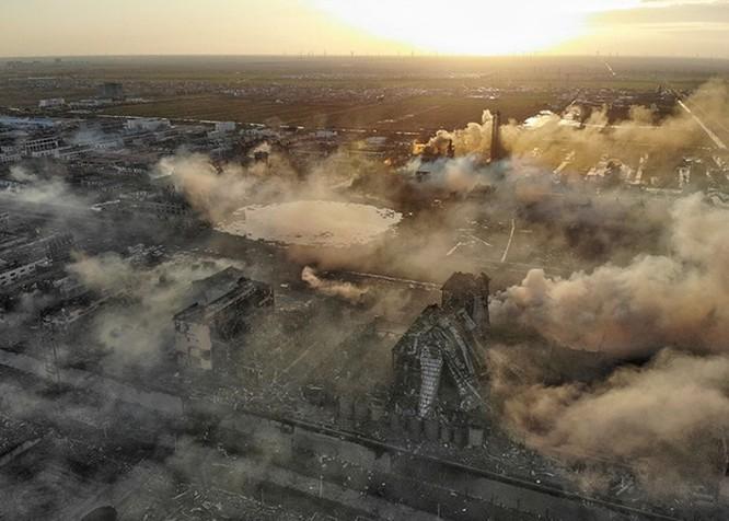 Nổ kinh hoàng nhà máy thuốc trừ sâu ở Trung Quốc: gần 800 người thương vong ảnh 9