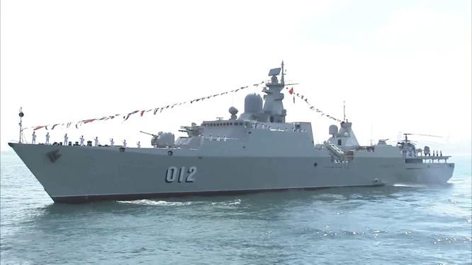 Hải quân Trung Quốc tổ chức duyệt binh lớn chưa từng thấy trên biển ảnh 4