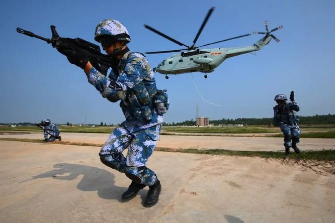 Trung Quốc nâng cấp biên chế lính thủy đánh bộ từ lữ đoàn lên cấp quân đoàn ảnh 3