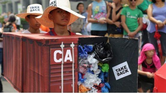 Tổng thống Philippines dọa tuyên bố chiến tranh với Canada vì rác thải ảnh 2