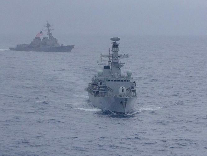Hải quân Mỹ, Nhật, Ấn Độ và Philippines diễn tập trên Biển Đông thách thức yêu sách của Trung Quốc ảnh 2