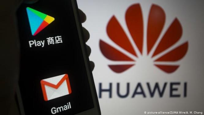 Cuộc đấu giữa Mỹ và Trung Quốc xung quanh vấn đề Huawei bị cấm cửa ngày càng quyết liệt ảnh 1