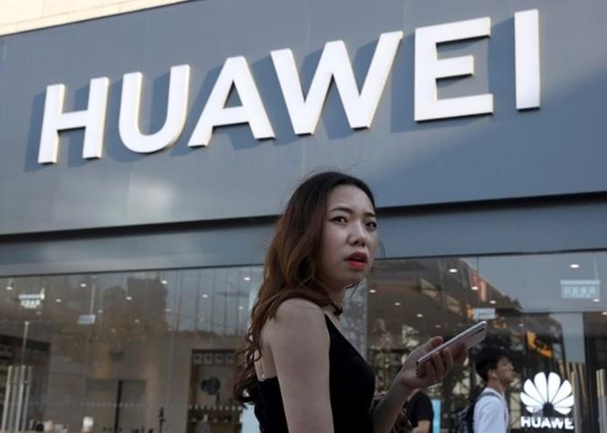 Bị Liên minh Wi-Fi xóa tên, smartphone của Huawei sẽ không thể sử dụng Wi-Fi được nữa? ảnh 1