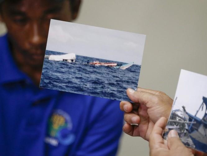 Vụ tàu Trung Quốc đâm chìm tàu Philippines: Viện trưởng Ngô Sĩ Tồn muốn đổ vấy cho tàu Việt Nam ảnh 1