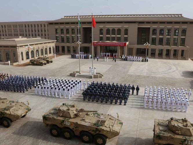 Mỹ và Trung Quốc đấu khẩu nhau xung quanh căn cứ Trung Quốc ở Djibouti chiếu tia laser vào máy bay Mỹ ảnh 1