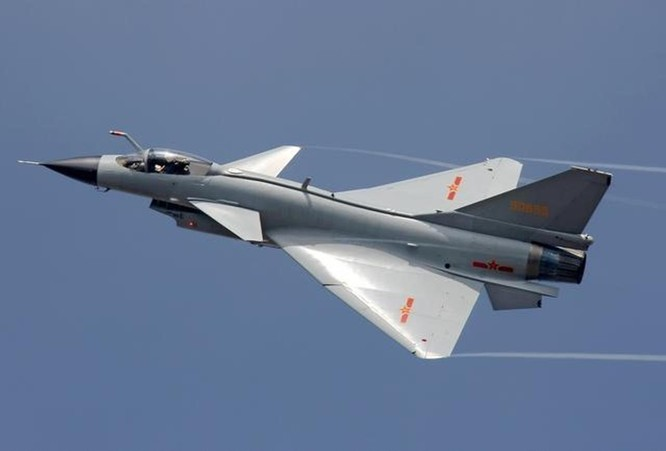 Trung Quốc đưa biên đội tàu sân bay Liêu Ninh xuống Trường Sa và bố trí 4 máy bay J-10 ở đảo Phú Lâm, Hoàng Sa ảnh 4