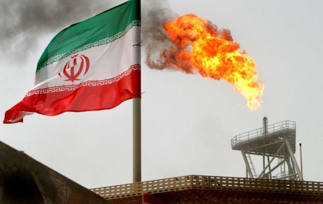 Trung Quốc tiếp tục nhập khẩu dầu thô Iran bất chấp lệnh cấm của Mỹ ảnh 2