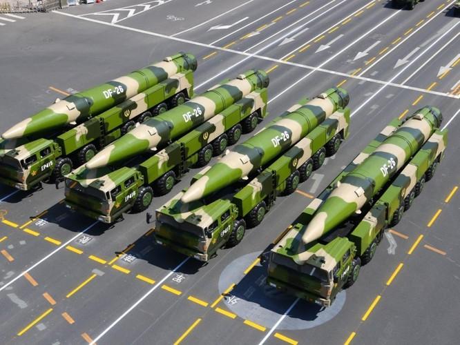 """Trung Quốc phóng thử tên lửa """"Sát thủ tàu sân bay"""" ra Biển Đông? ảnh 2"""