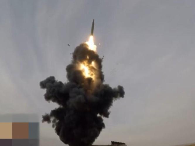 """Trung Quốc phóng thử tên lửa """"Sát thủ tàu sân bay"""" ra Biển Đông? ảnh 1"""