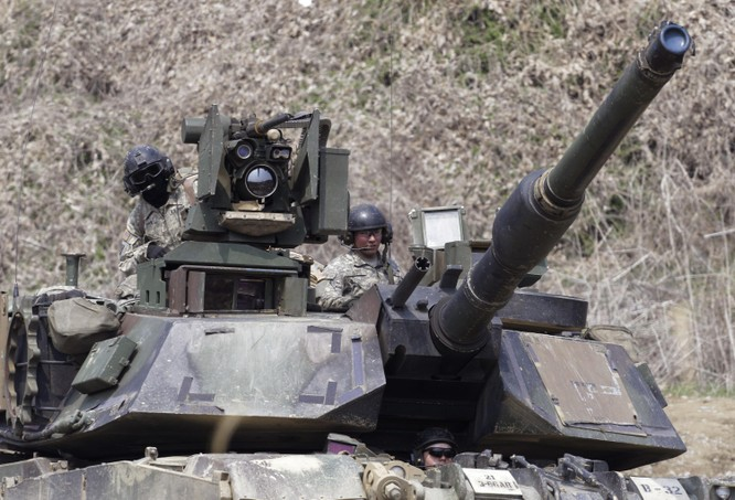 Bán vũ khí cho Đài Loan, các công ty Mỹ bị Trung Quốc ra đòn trừng phạt ảnh 1