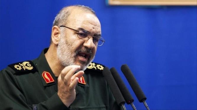 Tàu chiến Mỹ phá hủy máy bay không người lái của Iran, quan hệ Mỹ - Iran căng như dây đàn ảnh 4
