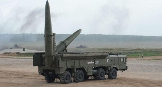 Triều Tiên lại bất ngờ phóng tên lửa ra biển Nhật Bản ảnh 1