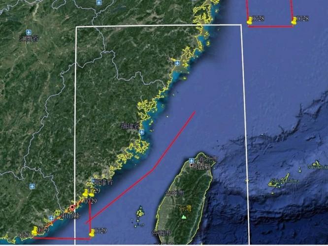 Trung Quốc tiến hành diễn tập quân sự lớn trên Biển Đông và biển Hoa Đông ảnh 1