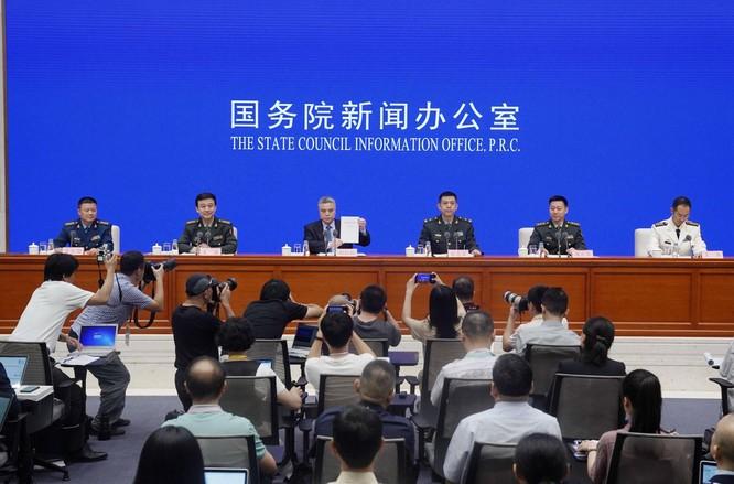 Ai là kẻ thù giả tưởng và đằng sau sự thay đổi về phương châm chiến lược quân sự của Trung Quốc? ảnh 1