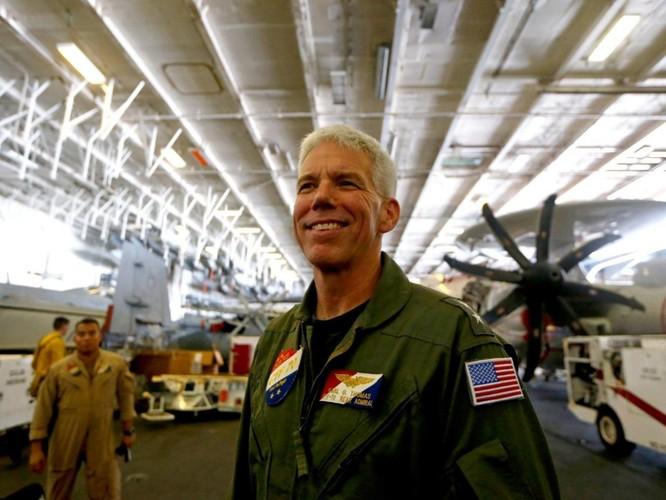 Mỹ đưa cụm tác chiến tàu sân bay Ronald Reagan vào Biển Đông ảnh 1