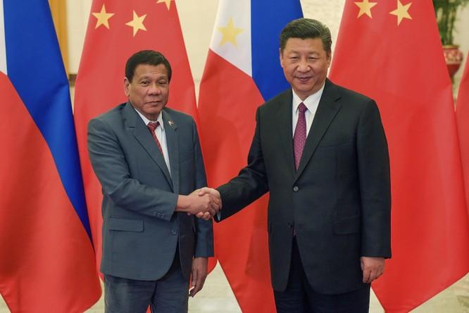 Hai mục tiêu lớn của ông Duterte trong chuyến thăm Trung Quốc đều không thành ảnh 3