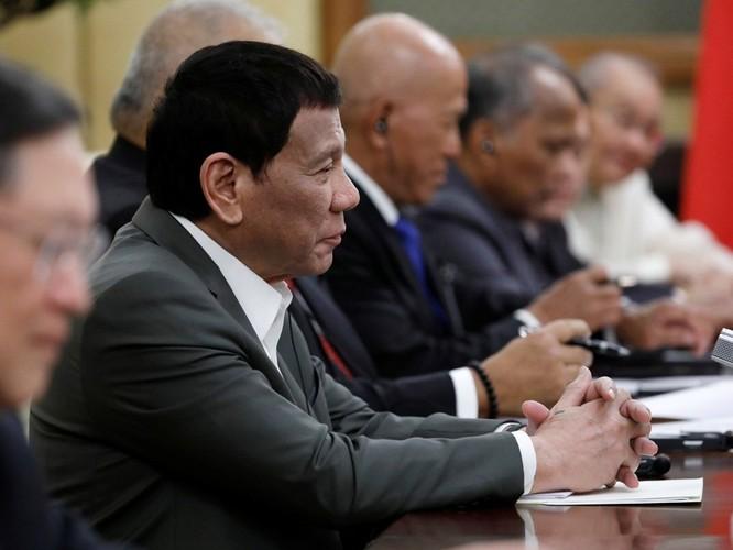Hai mục tiêu lớn của ông Duterte trong chuyến thăm Trung Quốc đều không thành ảnh 1