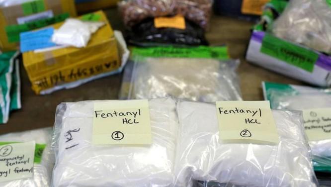 Trung Quốc và Mỹ đổ lỗi cho nhau về nạn buôn lậu Fentanyl sang Mỹ ảnh 1