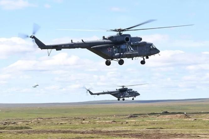 """Quân đội Trung Quốc tới Nga tham gia cuộc tập trận lớn """"Trung tâm – 2019"""" ảnh 4"""