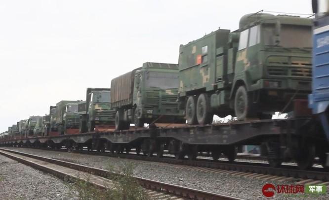 """Quân đội Trung Quốc tới Nga tham gia cuộc tập trận lớn """"Trung tâm – 2019"""" ảnh 2"""