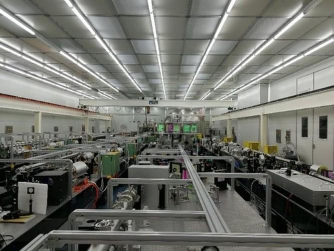 Trung Quốc lặng lẽ nghiên cứu, phát triển vũ khí laser cường độ mạnh ảnh 1