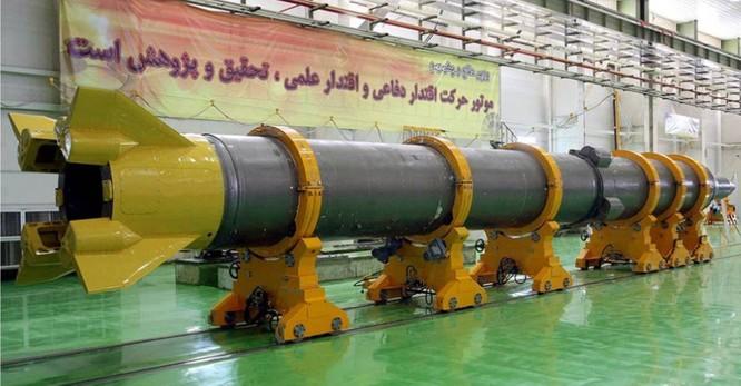 Xung quanh vụ Iran cảnh báo tấn công tên lửa các căn cứ và tàu sân bay Mỹ trong khu vực ảnh 6
