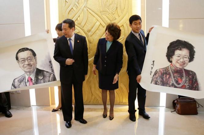 Nữ Bộ trưởng Giao thông Mỹ gốc Hoa Elaine Chao bị điều tra vì thông đồng với Trung Quốc và mưu lợi riêng ảnh 2