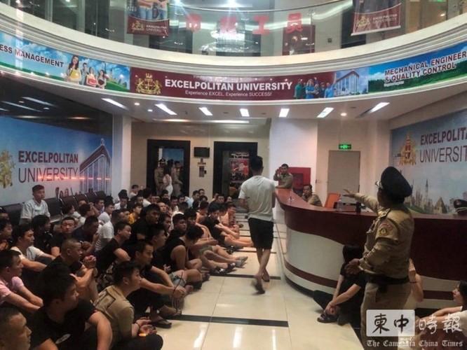 Báo Trung Quốc lý giải việc người Trung Quốc đột nhiên lũ lượt rời khỏi Campuchia ảnh 7
