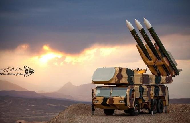 Từ vụ Global Hawk RQ-4 bị bắn hạ đến mỏ dầu Ả rập Saudi bị tấn công, Mỹ bất ngờ trước tên lửa Iran ảnh 4