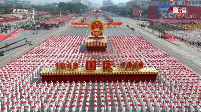 """Trung Quốc đã """"khoe"""" những gì trong cuộc diễu binh, diễu hành lớn nhất lịch sử? ảnh 3"""