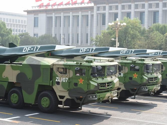 """Trung Quốc đã """"khoe"""" những gì trong cuộc diễu binh, diễu hành lớn nhất lịch sử? ảnh 9"""