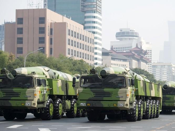 Các chuyên gia quân sự Mỹ: cuộc diễu binh cho thấy sự bành trướng sức mạnh quân sự và tham vọng bá chủ quân sự toàn cầu của Trung Quốc ảnh 3