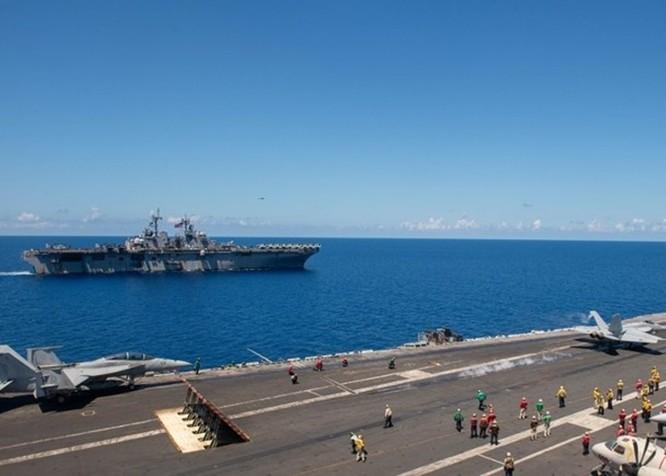 Hải quân Mỹ tập trận rầm rộ ở Biển Đông ảnh 3