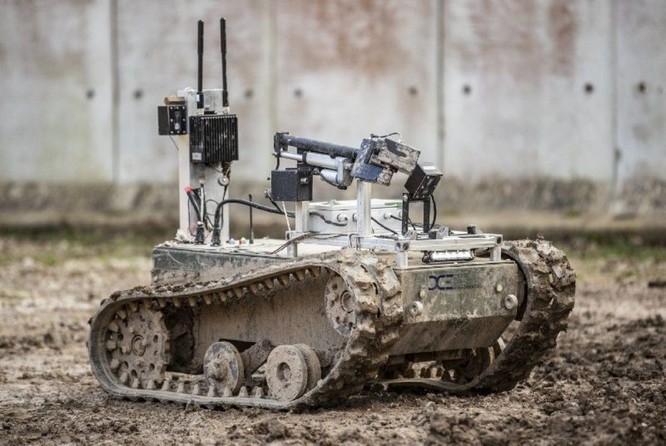 Người máy tác chiến – nhân vật chính trên chiến trường tương lai ảnh 1